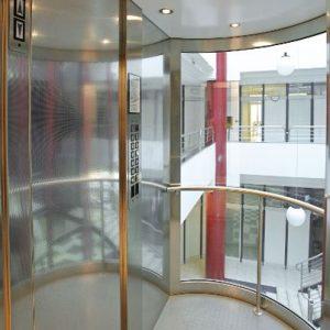 cabina de ascensor panoramico 300x300 - Ascensores